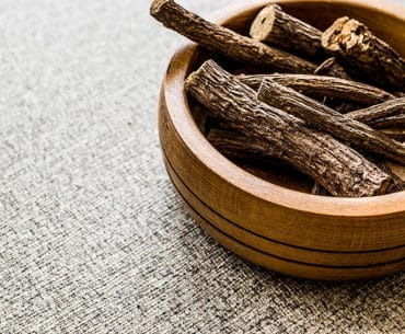 6 Potential Health Benefits of Licorice Root